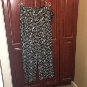 NWT Alfani Wide Legged Pants L